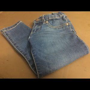 Children's Place 5T Girl's Denim Skinny Jeans